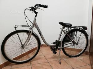 Bicicletta da donna City Touring + Pompa
