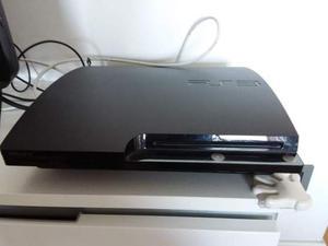 PS 3 con 2 joystick e tanti giochi