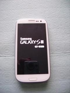 Smartphone Samsung Galaxy s3 GT I pari al nuovo