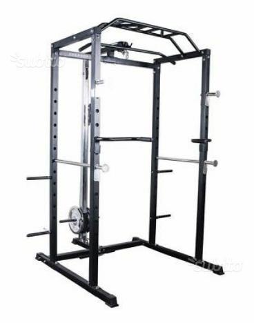 Power rack con pesi, bilancieri, manubri