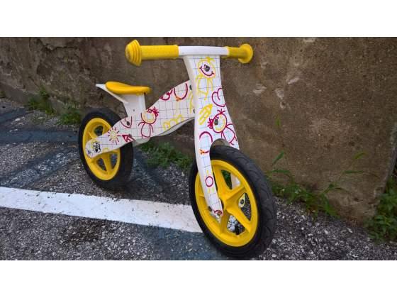 Bicicletta bimbo/bimba senza pedali in legno