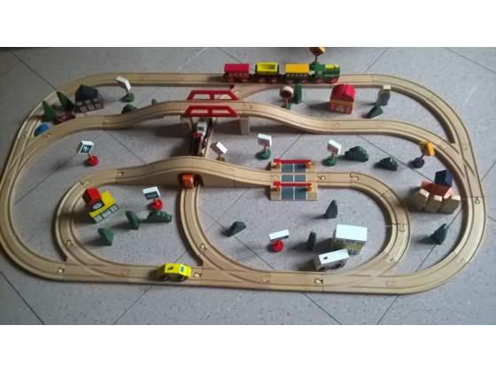 Trenino per Bambini e Villaggio Gigante in legno