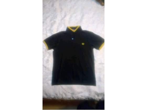 Polo Fred Perry, taglia M, giallo-nera, slim fit