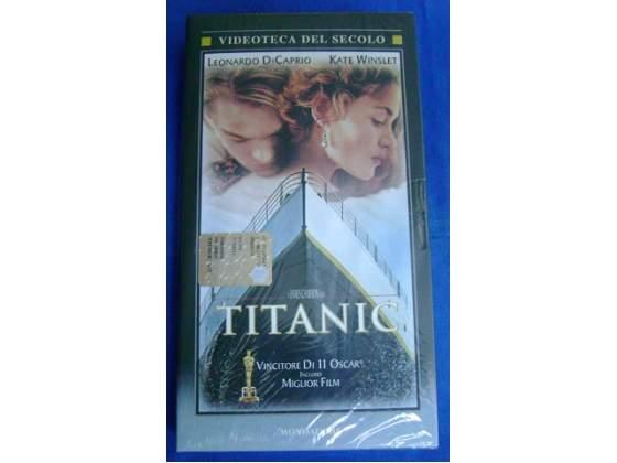 Titanic in Videocassetta originale nuova ancora imballata