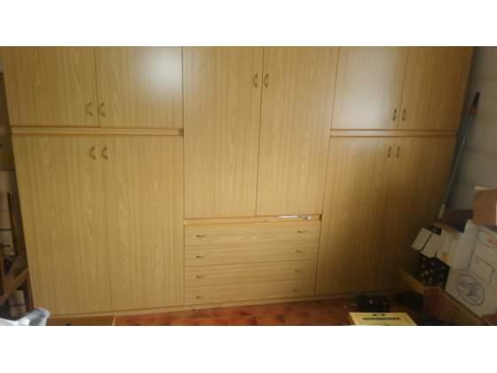 Cameretta singola arancio betulla in vendita posot class for Arredamento appartamento completo