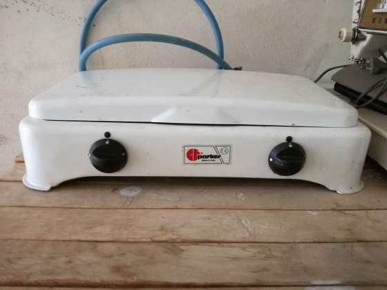 Fornello a gas a due fuochi per cucinino. Nuovo