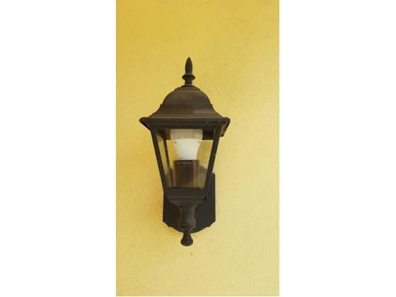 Nuove lampade per esterni prisma plus posot class for Nuove lampade a led
