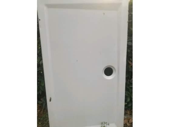 Piatto doccia 80x140 danneggiato