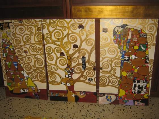 """Trittico di tele """"albero della vita copia ad olio """"di Klimt."""