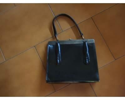 Bellissima borsa vintage in pelle anni 60 in ottime