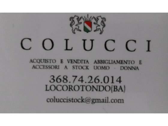 Cerco: Cerco stock di abbigliamento e accessori.