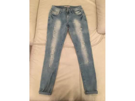 Jeans donna elasticizzati con brillantini