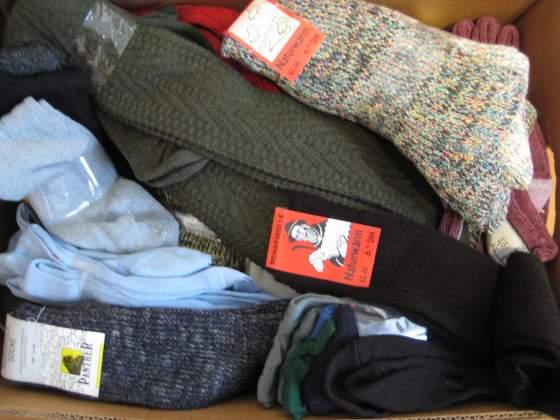 Stock n. 60 paia calzini in lana uomo/donna