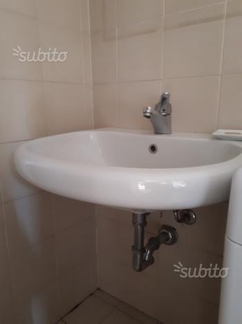 Lavandino da bagno