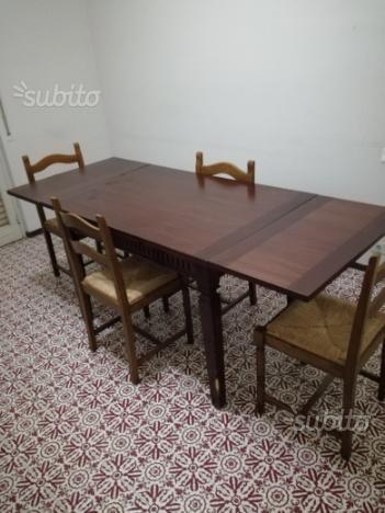 Tavolo allungabile più 4 sedie