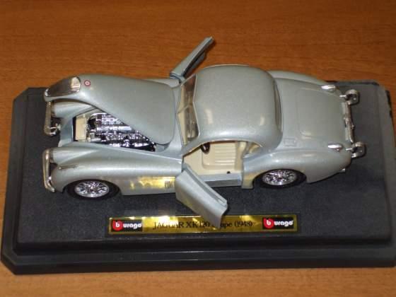 Jaguar xk 120 roadster 1/24