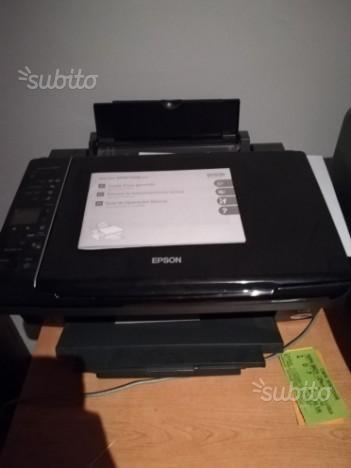 Stampante multifunzioni colori Epson Stylus SX210