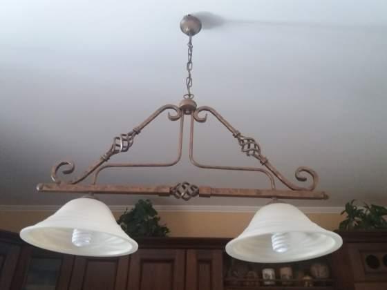 Lampadario bilanciere 2 luci in ferro battuto