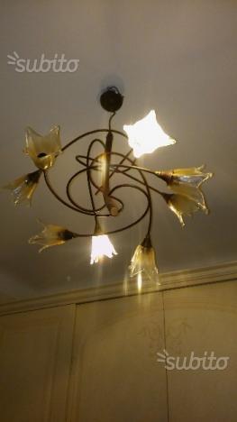 Lampadario ferro battuto e vetro
