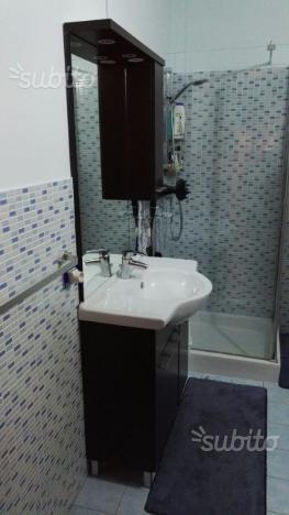 Mobiletto bagno e colonna