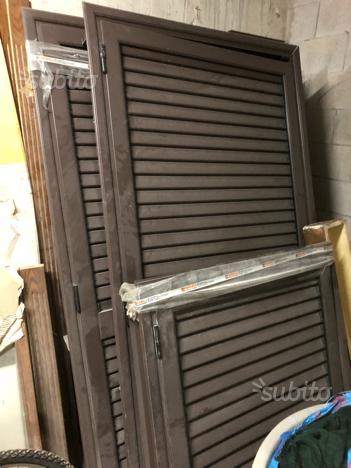 Porte e bussole in legno più infissi in alluminio