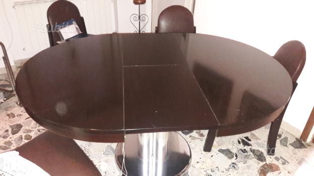 Tavolo in cristallo con piedistallo in marmo posot class for Tavolo rotondo allungabile cristallo