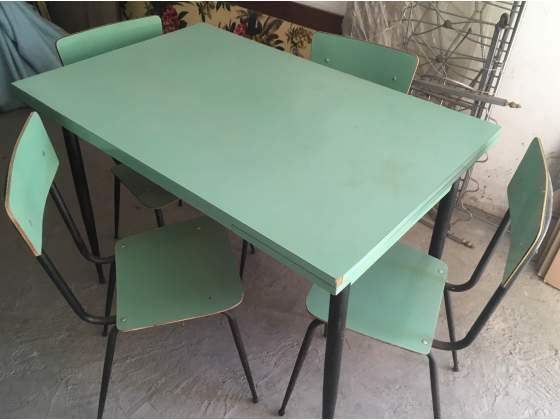 Acquisto tavolo e quattro sedie posot class for Acquisto sedie