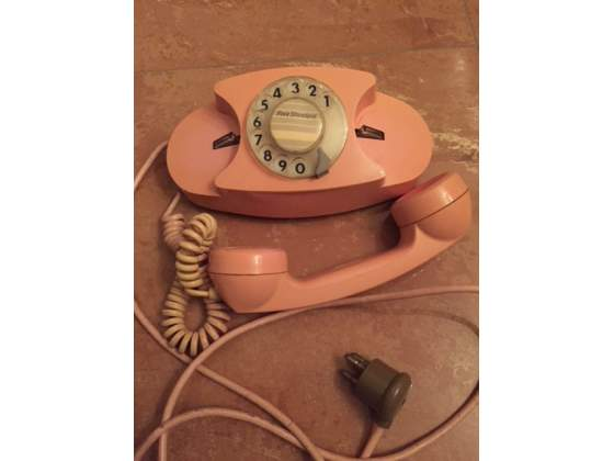 Telefoni vintage diversi colori funzionanti