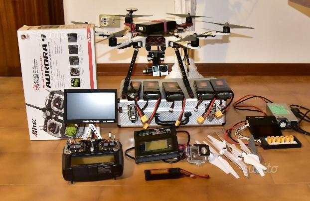 Drone DJI F550 Naza V2 radio Aurora e Gopro 4
