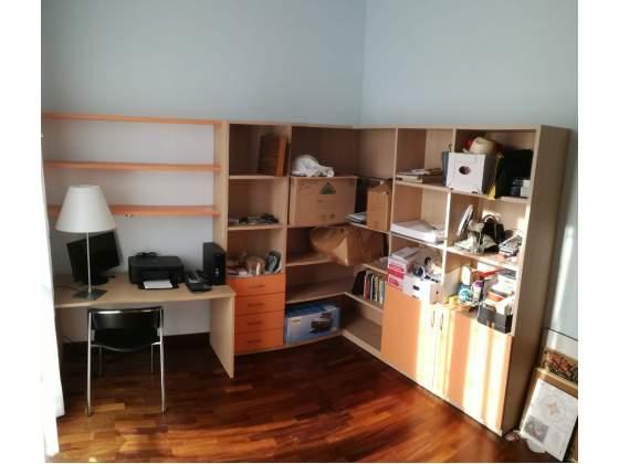 Studio - completo di: mensole, armadio, libreria