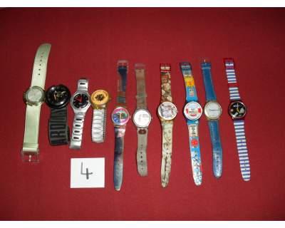 Lotto n 4 di 10 orologi da collezione swatch originali.usati