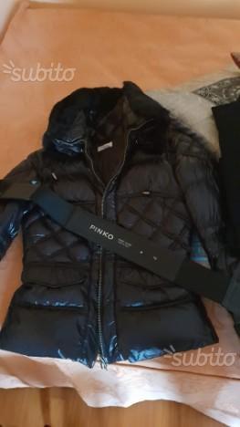buy popular 5c00c cf639 Piumino pinko nero | Posot Class