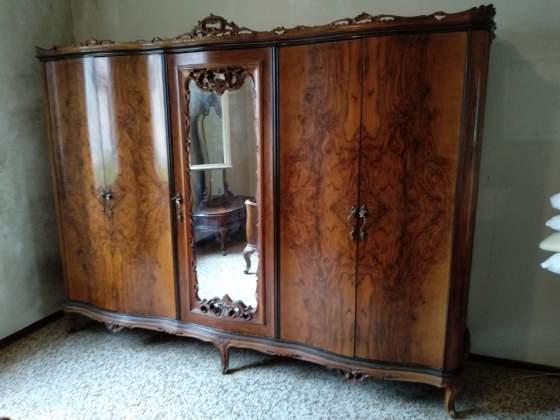 Camera matrimoniale stile antico