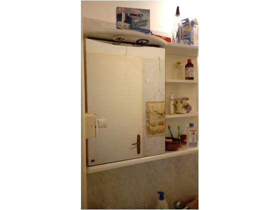 Mobile specchiera per bagno