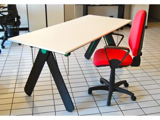 Tavolo da lavoro 240x160 cm tipo sartoria posot class for Tavolo lavoro black decker