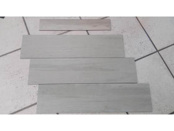 Stock pavimento effetto legno sabbia cm.15x61