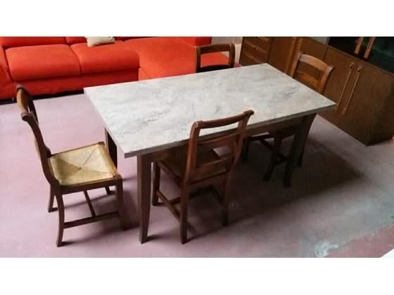 Tavolo, legno noce, 4 sedie