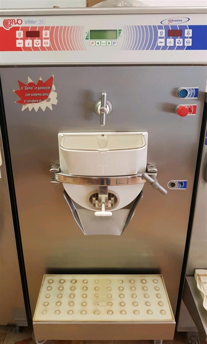 Attrezzature per macelleria usate mascali posot class for Arredamenti per gelaterie
