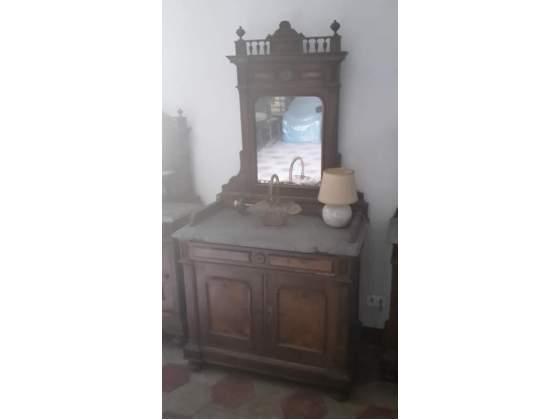 Credenza Con Ripiano In Marmo : Comodini in legno con ripiano marmo posot class