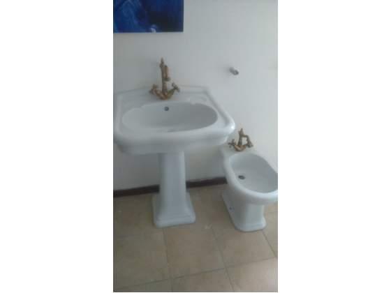 Sanitari bagno ceramica