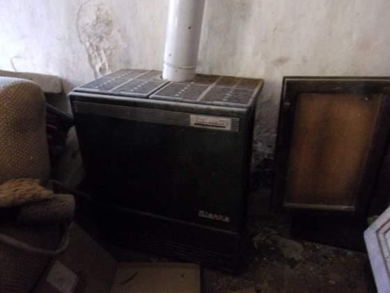 """Stufa a kerosene anni'70 """"vintage"""""""
