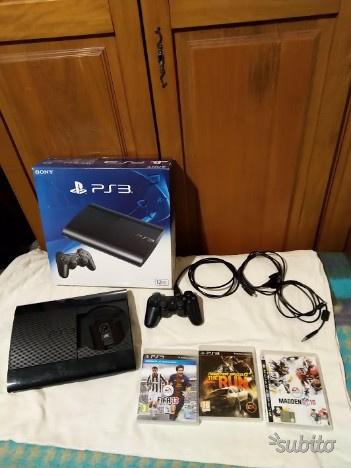 Sony Playstation 3 con confezione originale e 3 gi