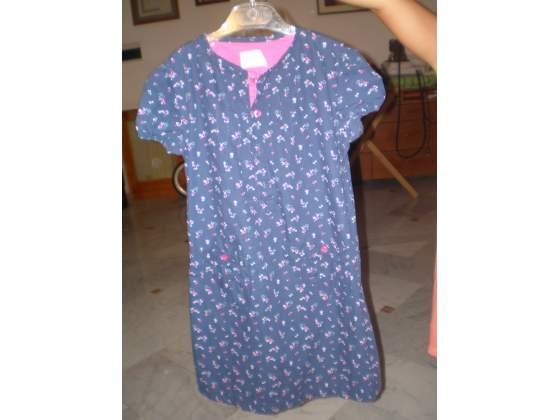 Vestito prenatal di 7 anni