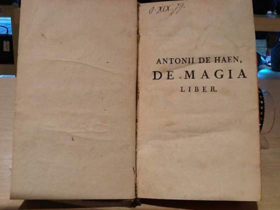 Antonii De Haen - De magia liber