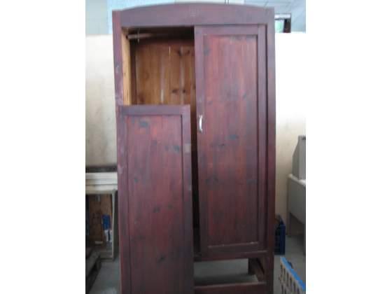 Armadio in legno 2 ante