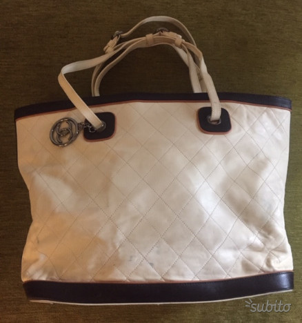 349c97d2a6 Chanel valentine originale | Posot Class