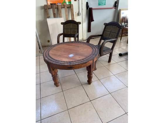 Tavolino vecchio tondo con 2 sedie