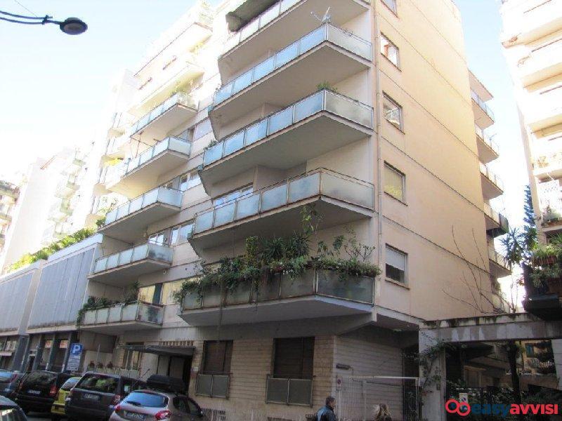 Appartamento 7 vani 270 mq, provincia di palermo