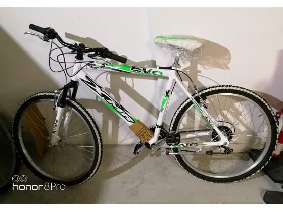 Bici MTB mountain bike da uomo in alluminio da 26