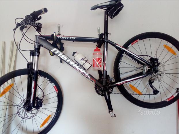 Mountain bike merida pari al nuovo